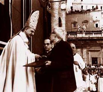 Paul VI welcomes Maritain