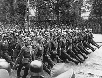 Nazi soldiers march on Warsaw