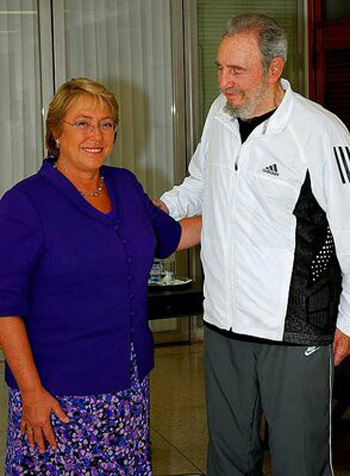 Michelle Bachelet supporting Fidel Castro