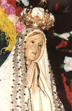 A statue of Our Lady of Fatima
