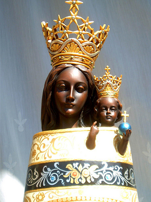 A statue of Our Lady of Loreto
