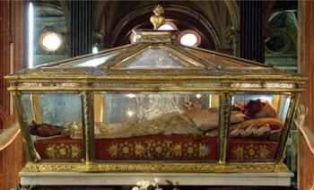 Catherine of Genoa incorrupt body