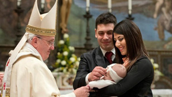 Francis blesses non-married couple