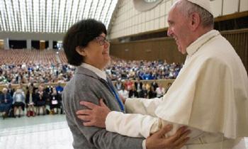 Francis embraces Mother Carmen Sammut