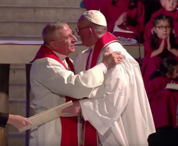 Francis kisses Lutheran