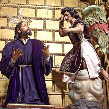 statues showing the angel that came for comfort Jesus in His Agony