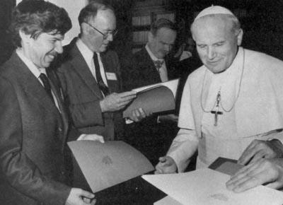 Juan Pablo II, Pontificia Academia de Ciencias 1996